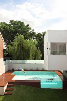 terrasse en cumaru avec marches pour piscine hors sol jeleveux pinterest piscine hors sol. Black Bedroom Furniture Sets. Home Design Ideas