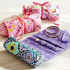 Quilted Sleepover Jewelry Roll #pbteen