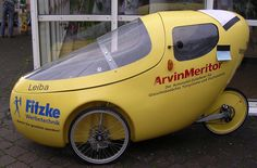 https://flic.kr/p/tjdez   Leiba velomobile   Leiba is made in Germany.  This one was seen at SPEZI in Germersheim, Germany.