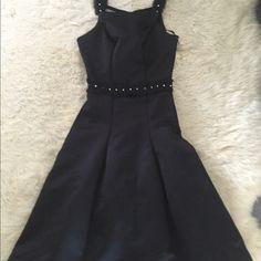 Black dress Sleeveless, puffy black dress Dresses Midi