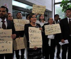 Morena propone reducción de salarios a funcionarios de Veracruz - http://www.esnoticiaveracruz.com/morena-propone-reduccion-de-salarios-a-funcionarios-de-veracruz/