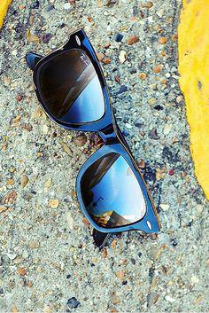 Legendary #sunglasses: Ray-Ban RB2140 Original Wayfarer. Pic: sunglasshut http://www.smartbuyglasses.com/designer-sunglasses/Ray-Ban/Ray-Ban-RB2140-Original-Wayfarer-901-23701.html