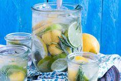 Citrus-Mango Spritz mit Rosmarin [ Infused Water }