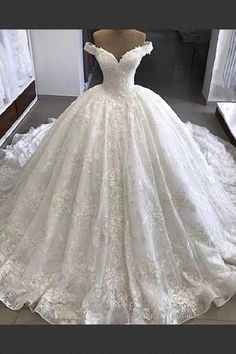 Discount Substantial V-Neck Wedding Dress, Lace Wedding Dress, Ball Gown Wedding . - Discount Substantial V-Neck Wedding Dress, Lace Wedding Dress, Ball Gown Wedding Dress – # Check - V Neck Wedding Dress, Princess Wedding Dresses, Perfect Wedding Dress, Dream Wedding Dresses, Bridal Dresses, Ball Gown Wedding Dresses, Wedding Dress Long Train, Long Ball Dresses, Dresses Dresses