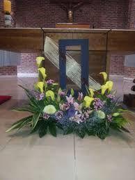 플라워경진대회에 대한 이미지 검색결과 Church Flower Arrangements, Church Flowers, Big Flowers, Floral Arrangements, Altar Decorations, Floral Wreath, Bouquet, Wreaths, Display