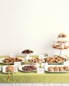 I photocopied the cut out cookie tags from this article and have used at a Cookie Swap Party.  Nice!