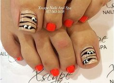 Top 15 Halloween Mummy Nail Designs – New Simple Home Manicure Project - HoliCoffee Nail Designs Toenails, Toe Nail Designs For Fall, Holiday Nail Designs, Halloween Nail Designs, Pedicure Designs, Manicure Y Pedicure, Diy Nail Designs, Holiday Nails, Halloween Toe Nails