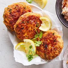 Easy spiced salmon cakes Looking to add some interest to an easy dinner recipe? Five-spice may be your new best friend. What is five-spice powder? A mixture of these five spices: cinnamon, clove, fennel, star anise and … Healthy Salmon Cakes, Healthy Salmon Recipes, Fish Recipes, Seafood Recipes, Cooking Recipes, Cooking 101, Cooking Light, Eat Healthy, Healthy Meals