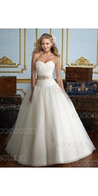 ball-gown-sweetheart-beading-belt-tule-trouwjurken
