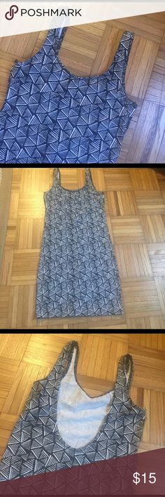 Fun black and white print bodycon dress, NWOT Super cute for a night out! Low cut in the back. Size 4 from H&M, but runs small. NWOT H&M Dresses Mini
