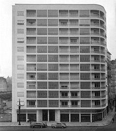 O edifício Trussardi foi projetado pelo arquiteto paulistano Rino Levi em 1941 e se localiza na avenida São João nº 1032 e 1050.