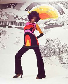 mom style/ 26 Photos Proving Diana Ross Invented The Concept Of Fierce 60s And 70s Fashion, Retro Fashion, Vintage Fashion, Seventies Fashion, Patti Hansen, Lauren Hutton, Diana Ross Supremes, Lady Sings The Blues, Vintage Black Glamour