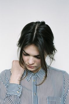 stripes and her hair! Fashion Moda, Look Fashion, Fashion Beauty, Beauty Style, Blue Fashion, Fashion Women, Mein Style, Vogue, Mode Inspiration