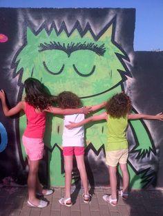 """We LOVE """"El Monstre de Colors"""""""