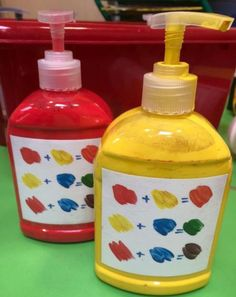 Eyfs for easy access to paint for colour mixing! I added the labels to remind… Eyfs for easy access to paint for colour mixing! I added the labels to remind… Preschool Classroom, Preschool Art, Art Classroom, Classroom Hacks, Preschool Labels, Classroom Checklist, Preschool Centers, Classroom Resources, Classroom Organisation