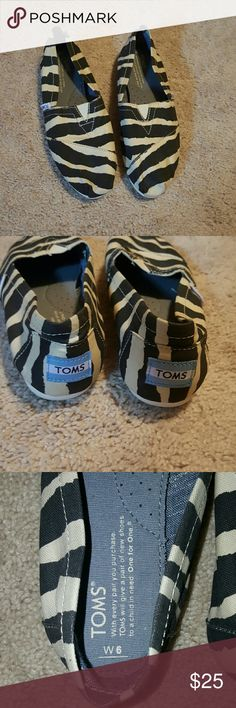 Toms Shoes Zebra print in great condition tom Shoes Flats & Loafers