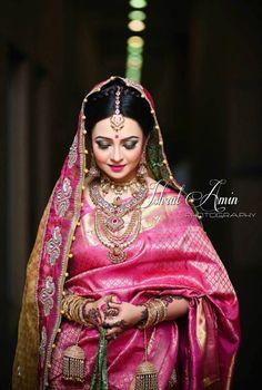 bride in pink saree Indian Bridal Makeup, Indian Bridal Fashion, Indian Bridal Wear, Asian Bridal, Bridal Makup, Desi Wedding, Saree Wedding, Wedding Attire, Wedding Bride
