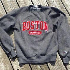 296b6bf8df39 Vintage BOSTON University Women's Sweatshirt by Champion - Appliqued  Lettering - SZ XS by TomieHarleneVintage on Etsy
