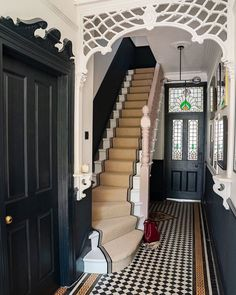 "The Victorian Emporium on Instagram: ""Beautiful, just beautiful! . Everything about this entrance hall and staircase is period home perfect! 🙌🏻 The paint, the detail, the tiles,…"""