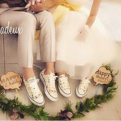 Save Money With These Great Wedding Tips Pre Wedding Shoot Ideas, Pre Wedding Photoshoot, Wedding Inspiration, Wedding Images, Wedding Pics, Wedding Bride, Wedding Dresses, All Star, Wedding Notes