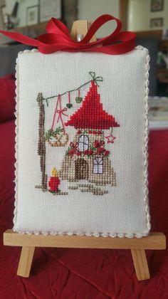 Cross Stitch Christmas Ornaments, Xmas Ornaments, Christmas Cross, Cross Stitching, Cross Stitch Embroidery, Cross Stitch Patterns, Crochet Patterns, Cross Stitch Finishing, Mini Cross Stitch
