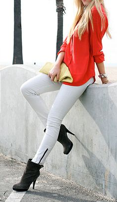 Awesome red shirt, lovely white jeans and black mid calf boots. She looks so amazing in this outfit. I want this awesome outfit! New Fashion Trends, Fashion Days, I Love Fashion, Passion For Fashion, Fashion Outfits, Womens Fashion, Fashion 2014, Street Fashion, Hot Pants