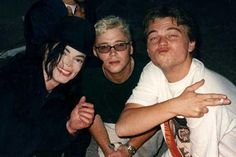 Michael Jackson, Kevin Connolly, and Leonardo DiCaprio, 1998.  | Curiosities and Facts about Michael Jackson ღ by ⊰@carlamartinsmj⊱