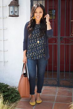 Navy Cardi + Floral Top + Skinnies + Mustard Flats - Outfits for Work Casual Work Outfits, Business Casual Outfits, Cute Outfits, Office Outfits, Business Casual With Jeans, Teacher Outfits, Work Fashion, Fashion Outfits, Fashion Trends