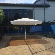 new giant umbrella install at david lloyd oxford: metre giant umbrella