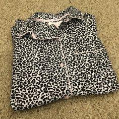 Victoria's Secret Pajama Top Victoria's Secret Pajama Top. Perfect condition. Victoria's Secret Intimates & Sleepwear Pajamas