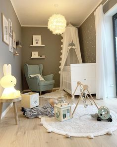 Picture could include: table and interior - Kinderzimmer - Bedroom Ideas Baby Bedroom, Baby Boy Rooms, Baby Room Decor, Nursery Room, Kids Bedroom, Bedroom Ideas, Baby Room Design, Nursery Furniture, Rustic Furniture