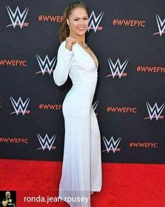 Ronda Ronda Rousey Hot, Ronda Jean Rousey, Ronda Rousy, Blond, Taekwondo, Rowdy Ronda, Martial Arts Styles, Wwe Girls, Female Pictures