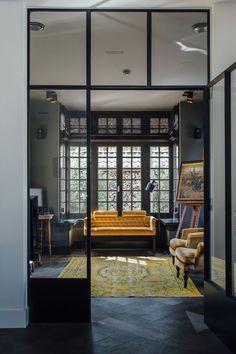 Inspiratie voor uw nieuwe houten vloer! - Knulst Houten Vloeren Divider, Room, Furniture, Home Decor, Blue, Bedroom, Decoration Home, Room Decor, Rooms