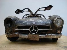 Gullwing in need of a little bit of TLC...