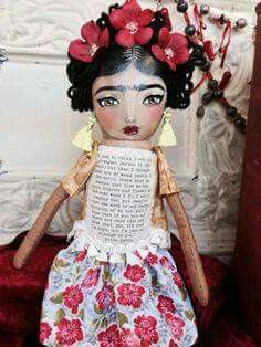 Frida Kahlo Art Doll by very interesting. Diego Rivera, Paper Dolls, Art Dolls, Frida And Diego, Frida Art, Mexico Art, Small Sculptures, Doll Painting, Kewpie