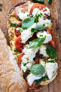 Melted Caprese sandwich - Simply Delicious A big Caprese sandwich with melted mozzarella, fresh tomatoes, basil pesto and fresh basil is the perfect, easy lunch for serving a crowd. Avocado Recipes, Sandwich Recipes, Healthy Recipes, Recipes With Fish Sticks, Make Ahead Lunches, Delicious Sandwiches, The Fresh, Basil Pesto, Fresh Basil