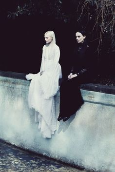 Mary Elizabeth & Maxine Anastasia by Lucia O'Connor McCarthy - Twins Women Photography - Black & White Fashion Style Dark Beauty, Story Inspiration, Character Inspiration, Dark Photography, Fashion Photography, Editorial Photography, Photography Women, Portrait Photography, Mode Sombre