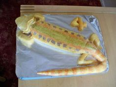 bearded dragon birthday cake