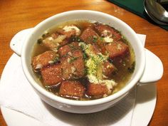 The Czech Republic's culinary scene is noted for its hearty comfort food featuring lots of meat and high carb foods. This is not light dining, but it is delicious. You won't find the average Czech sitting in a café sipping Pinot Gris and nibbling at. Garlic Cream Chicken, Garlic Soup, Chicken Orzo, Slovak Recipes, Czech Recipes, Ethnic Recipes, Soup Recipes, Cooking Recipes, High Carb Foods