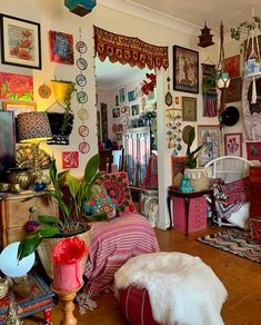Indie Room Decor, Cute Room Decor, Room Ideas Bedroom, Bedroom Decor, Pretty Room, Aesthetic Room Decor, Home And Deco, Dream Rooms, Cool Rooms