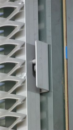 MetaDecor - MD Bevestigingstechniek - MD Resto® Metal Facade, Metal Cladding, Wall Cladding, Metal Buildings, Cladding Design, Facade Design, Wall Design, Expanded Metal Mesh, Airbnb Design