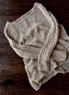Cable sweater knitting pattern H: pattern on the sleeves only Sweater Knitting Patterns, Knit Patterns, Hand Knitting, Cable Knitting, Knitting Sweaters, Knitting Needles, Stitch Patterns, Pull Crochet, Knit Crochet