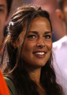 Ana Ivanovic (born November in Belgrade, SR Serbia, SFR Yugoslavia) is a former world no. Ana Ivanovic, Gorgeous Eyes, Beautiful Women, Beautiful People, Divas, Maria Sharapova Hot, Professional Tennis Players, Tennis Players Female, Celebrity Faces