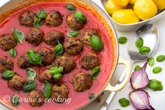 Melanzani-Balls Beef, Cooking, Ethnic Recipes, Food, Kochen, Food Food, Meat, Cuisine, Kitchen