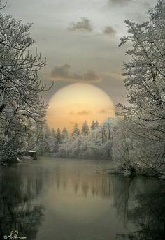 Ideas winter landscape photos earth for 2019 Beautiful Moon, Beautiful World, Beautiful Places, Beautiful Scenery, Foto Picture, Winter Scenery, Jolie Photo, Winter Landscape, Nature Pictures