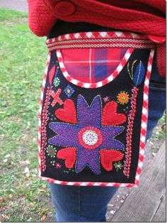 Modern skirt bag by mednalochtrad.blogspot.com