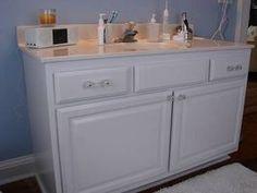 How to Paint a Laminate Bathroom Vanity thumbnail