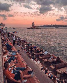 Bosphorus Canal, Coast of Üsküdar Istanbul, Turkey 🇹🇷 Istanbul Skyline, Istanbul City, Istanbul Travel, Turkey Vacation, Turkey Travel, Hagia Sophia, Istanbul Restaurants, Places To Travel, Places To Visit