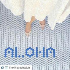 #Repost @liholihoyachtclub  #AlohaFloorSelfie by: @bayareaeats - Happy rainy Aloha Friday!! C'mon in for a little sunshine spirit tonight  #ihavethisthingwithfloors #ihavethisthingwithtiles #floor #tiles #tileaddiction #flooraddiction #instagood #blue #aloha by iamafloor