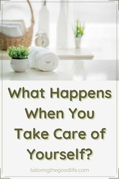 Self-care for us busy moms is just as important as we taking care of everyone around us. But what háppens when you take care of yourself? Read all about it and download the free list with tips and ideas for self-care. #selfcare #busymoms #wellbeing #selfcareideas #selfcareformoms